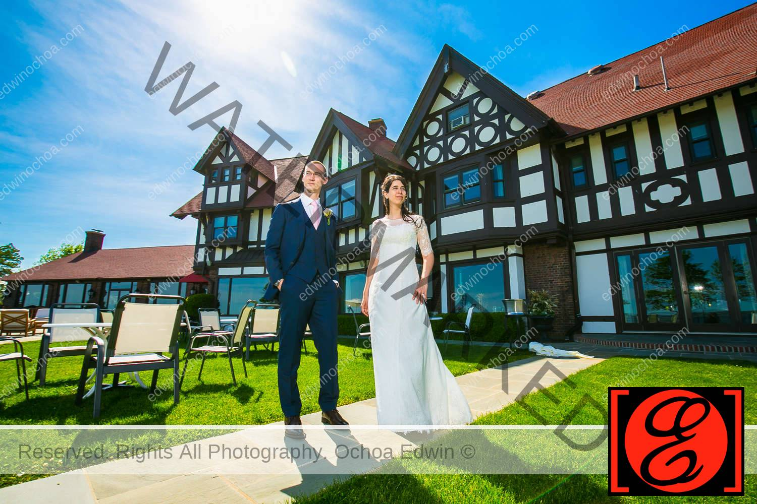 bride and groom posing larchmont shore club